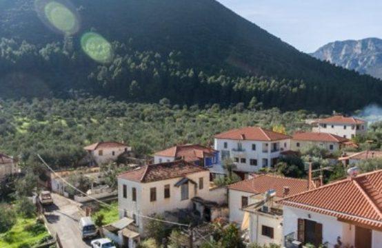 stone house mountain vieuws